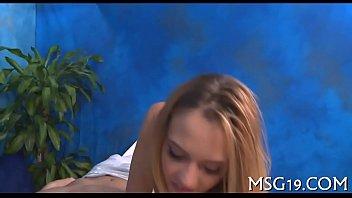 Oil massage clip