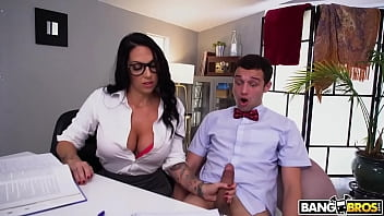 BANGBROS - Curvy Italian MILF Lilith Morningstar Gives Her Pupil Some Needed Extra Attention