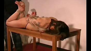 Amazing girlfriend is showing her poontang