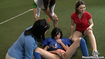 Teen girls nu - Naked football