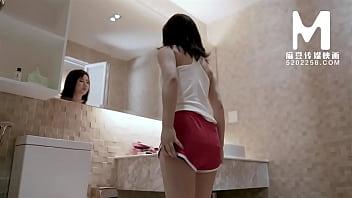 【国产】麻豆传媒作品/MD0014客户强奸 001/免费观看 10分钟