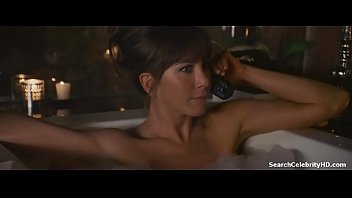 Jennifer aniston topless sex Jennifer aniston in horrible bosses 2011