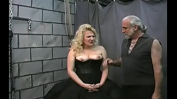Exquisite hottie who likes to play with sex toy