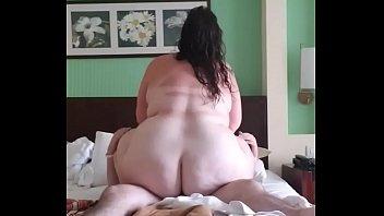Fat ass BBW riding dick