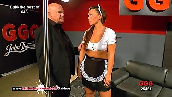 Cum se face server de cs Curvy babe sanny gets her pretty face cum covered - extreme bukkake