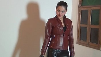 Stripper whip leather - Clip 007944