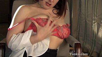 Naughty Wednesday Masturbating Her Snatch