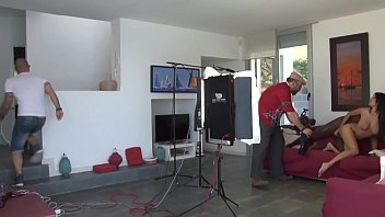 Porn filming behind scene - Les coulisses dun film porno
