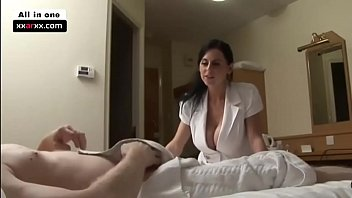 Hotel Manager does Customer Relations - xxarxx.com 15 min