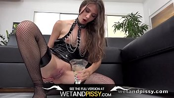 Does pee tast like lemonade - Pvc chains and lots of piss