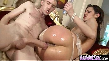 Anal Sex Tape With Big Oiled Wet Butt Girl (samia duarte) movie-22
