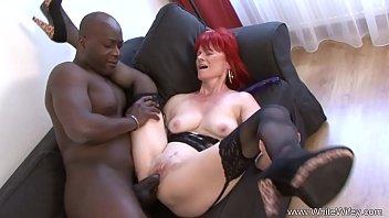 Redhead Granny Goes Full Interracial porno izle