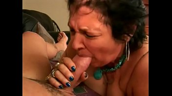 An old horny granny take a dick deep and takes a cum shot in the eye