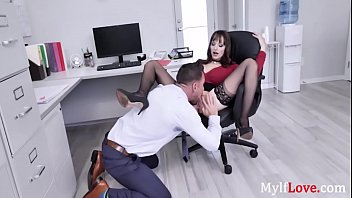 Hey boss, I have an itch my pants which only you can scratch -Lexi Luna