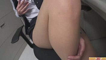 Kaoru Natsuki Fills Her Hairy Pussy With A Dildo