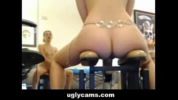 Webcam Girl Play with some Toys uglycams.com