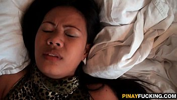 Thick Filipina Amateur Gets Her Pussy Pumped