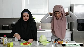 Stepbro Fucks His Hijab Wearing Stepsis