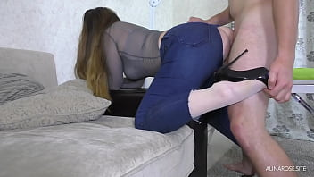 Teen friend's wife fucked through ripped jeans - Cum on Big Ass