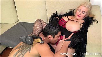 Young client prefers to fuck with mature Musa Libertina