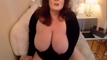 Sensual mature BBW with creamy pussy and dirty desires 6分钟