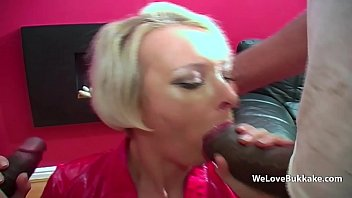 White MILFs pussy stretched by huge black dick