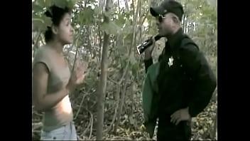 UNIFORMED OFFICER CONFRONTS 18 YO IN THE WOODS MAXXX LOADZ AMATEUR HARDCORE VIDEOS KING of AMATEUR PORN 10秒