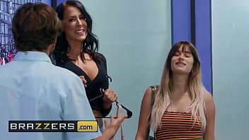 Mommy Got Boobs - (Reagan Foxx, Tyler Nixon) - What Size Are You - Brazzers