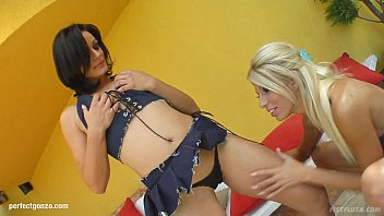 Clara G - Cameron Cruz Fisting As Lesbians Do On  Fistflush