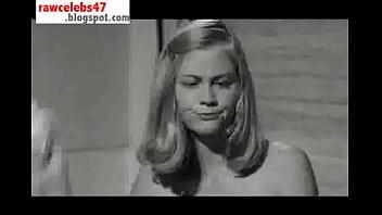 Cybill Shepherd - Last Picture Show - rawcelebs47.blogspot.com