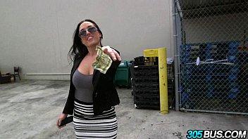 Amateur latina sucks and fucks for cash 2.1
