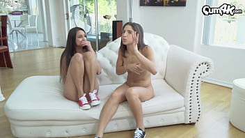 Two hot Latina lesbians get caught by step-brother...he joins in a cums multiple times in each of them (Abella Danger / Eliza Ibarra) 11分钟