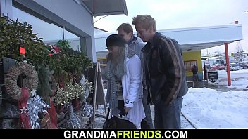 Sexy grandma double penetration thumbnail