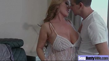 Sex Tape With Busty Horny And Sluty Wife movie-08