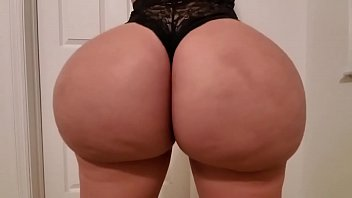 Busty bubble butt vids - I fucked a busty pawg in lingerie