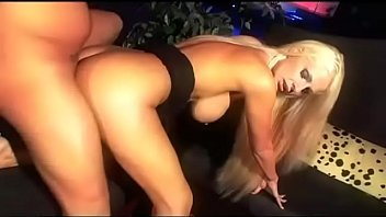 Film porno gratiut - Real sex bomb: la bambola dei sogni full porn movie