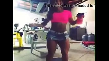 Sarada Dançando