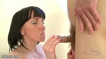 Cherry Despina gets her hairy pussy fucked 14分钟