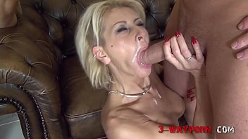 Mature Chicks Double Fucked in an Orgy porno izle