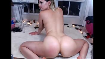 Beautyful blonde perfect ass twerking - 770cams.com