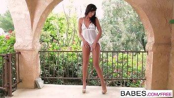 Babes - Bronze Goddess  Starring  Tiffany Brookes Clip