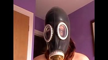 My kinky escort in her gasmask 64 sec