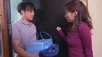 日本母親引誘送貨員