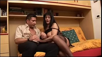 Dirty Mom Has No Trouble To Fuck With Her Son