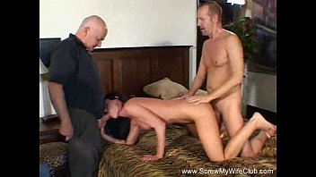 Fuck video share - Wild brunette milf swinger takes on two