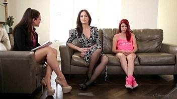 Pleasure way moble homes - The family therapist - elle alexandra, allie haze, angela sommers