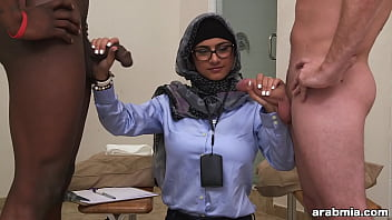 Mia Khalifa the Arab Pornstar Measures White Cock VS Black Cock (mk13768) preview image