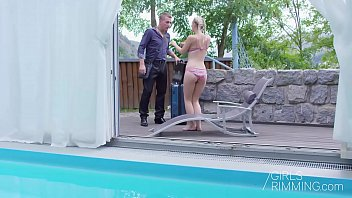 GIRLSRIMMING - Nathaly Cherry Pool Massage 12 min
