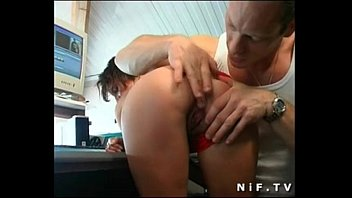 2493047 french brunette deep anal fucked 14 min