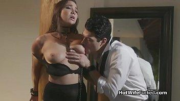 Curvy hotwife Karlee fucks in lingerie 6分钟